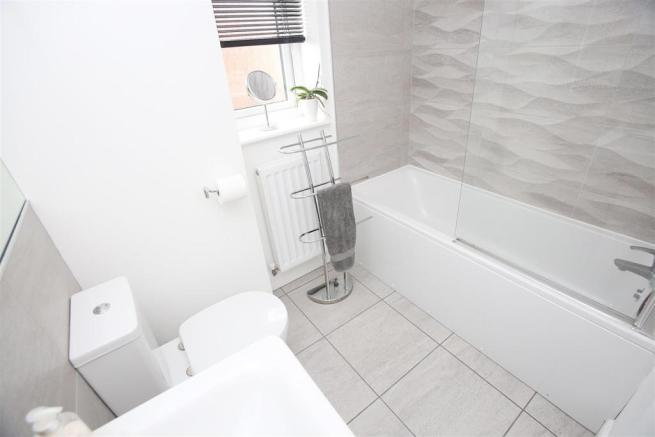 BATHROOM \ WC