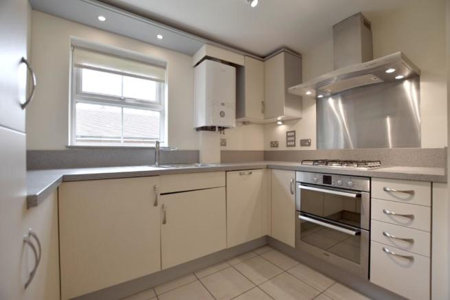 2 Bedroom Apartment To Rent In Fitzroy Place Reigate