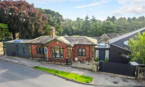 Photo of Park Ghyll Lodge, Old Hollings Hill, Guiseley