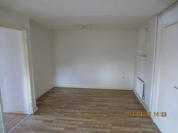 Leighton.156.F1 - lounge (2).jpg