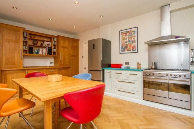 kitchen diner (3).jpg