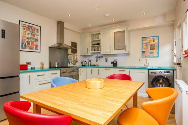 kitchen diner (2).jpg