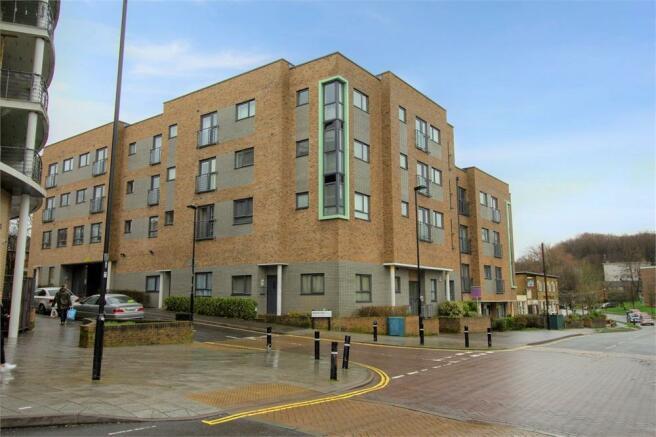 2 Bedroom Flat For Sale In 316 Hinkler Road Southampton