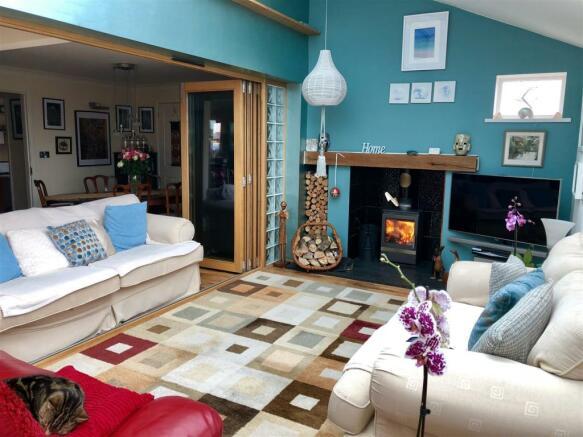 Twycross living room 2.jpg