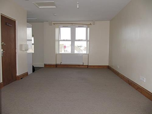 new road lounge 1.jpg