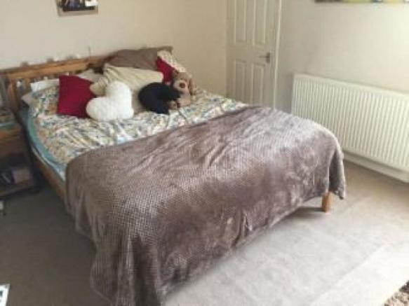 Main king sized bedroom