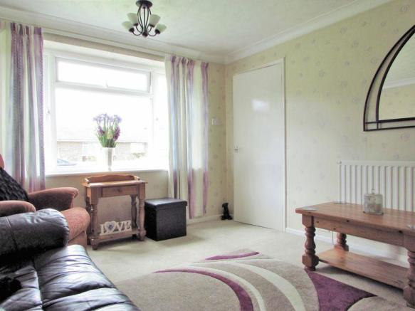 Sitting Room pic2