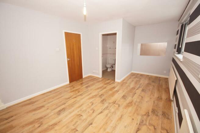 Rear Master Bedroom