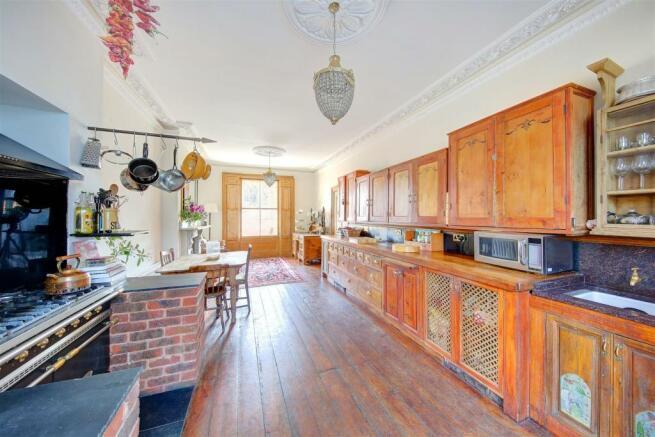 Kitchen rev.jpg