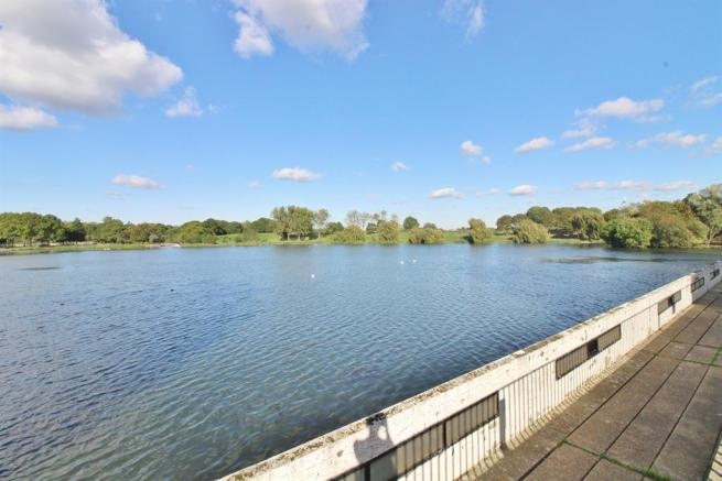 Southmere Lake nearby