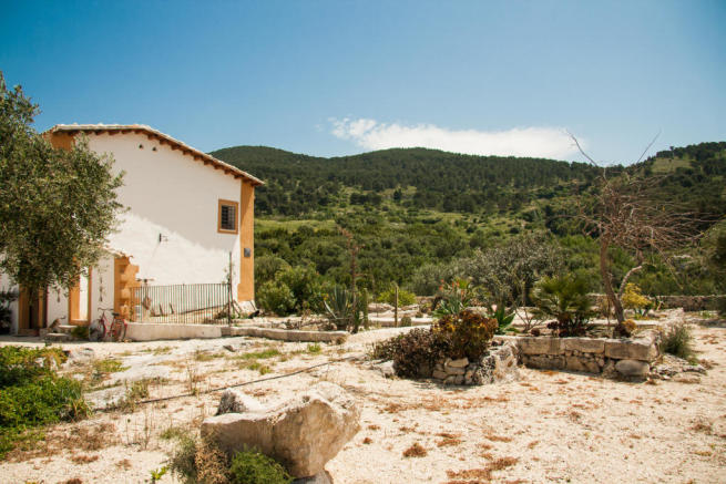 4 Bedroom Farm House For Sale In Sicily Agrigento