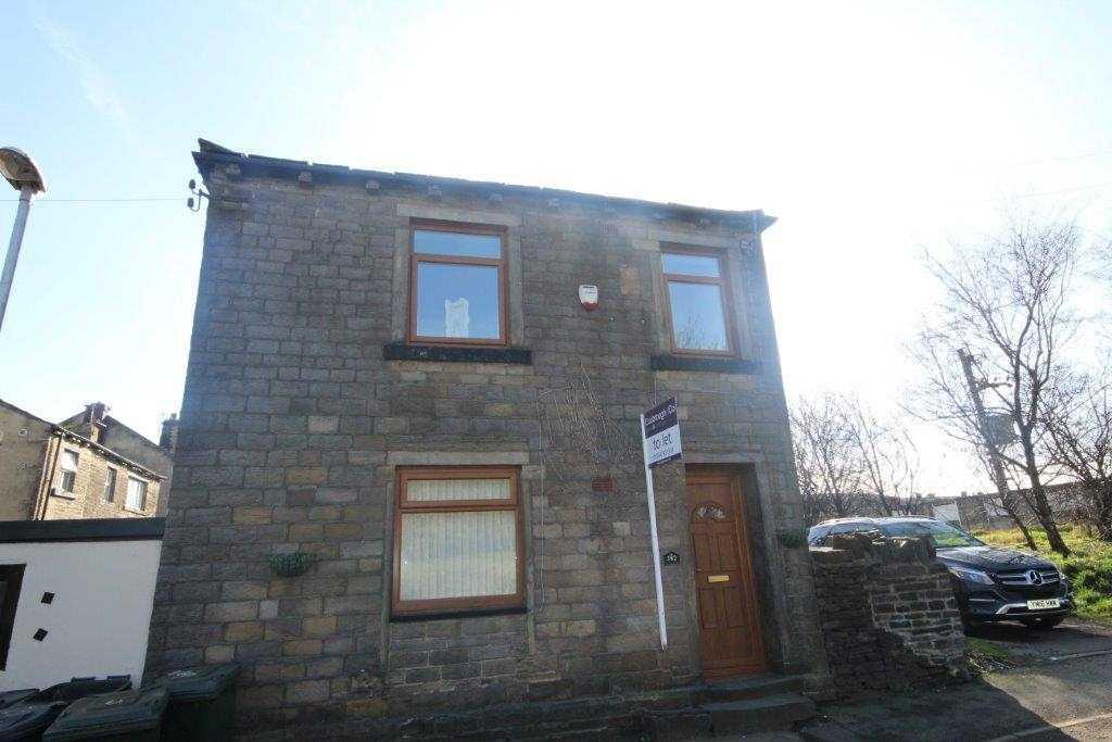 1 bedroom cottage to rent 582 Wyke Lane, Oakenshaw, Bradford, BD12 7HL
