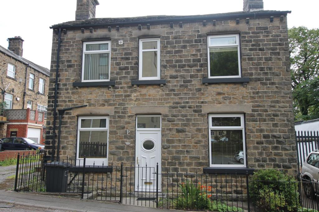 1 bedroom cottage to rent York Cottage, 1 York Road, Mirfield, WF14 9RR