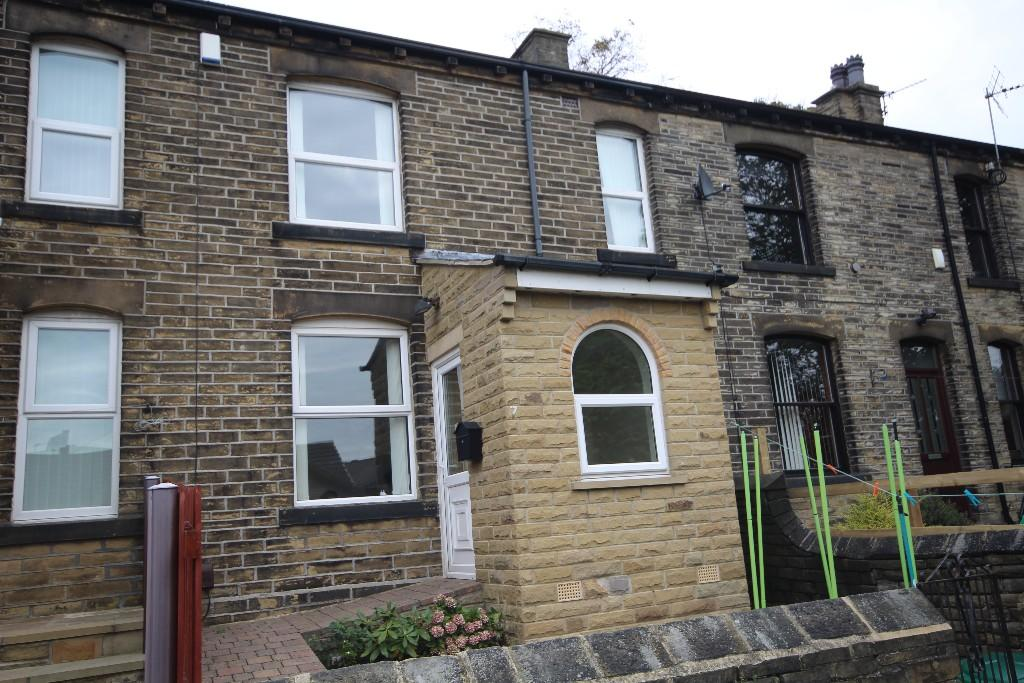 2 bedroom cottage to rent Griffe Terrace, Bradford, BD12