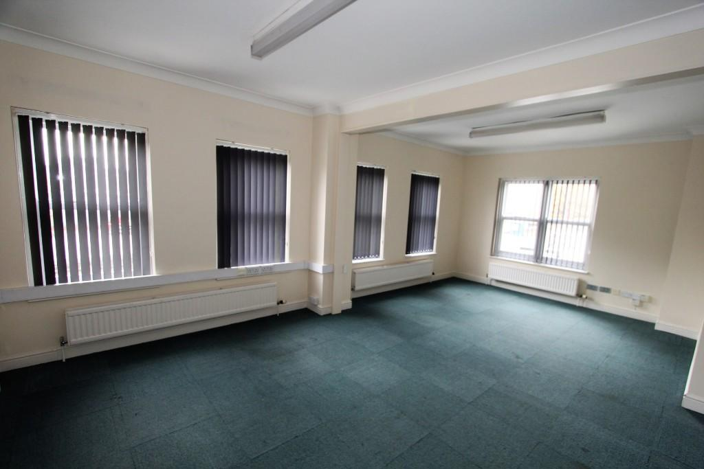 Office to rent Westgate, Cleckheaton, BD19