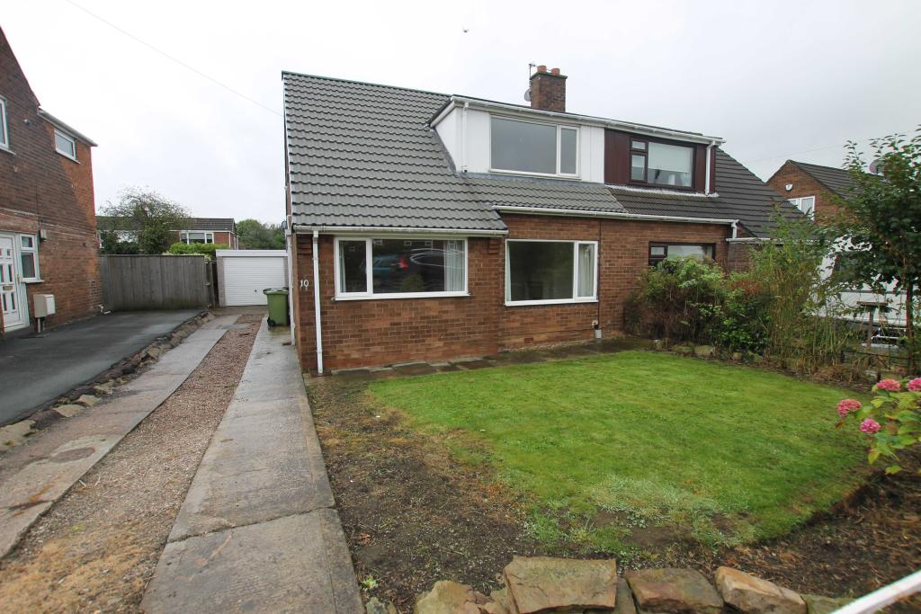 3 bedroom semi-detached bungalow to rent 10 Parkfield Avenue, Mirfield, West Yorkshire, WF14 9HJ