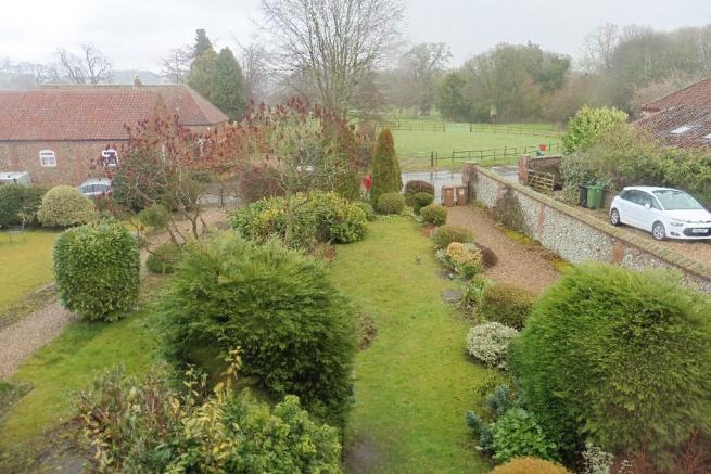 View over front gdn