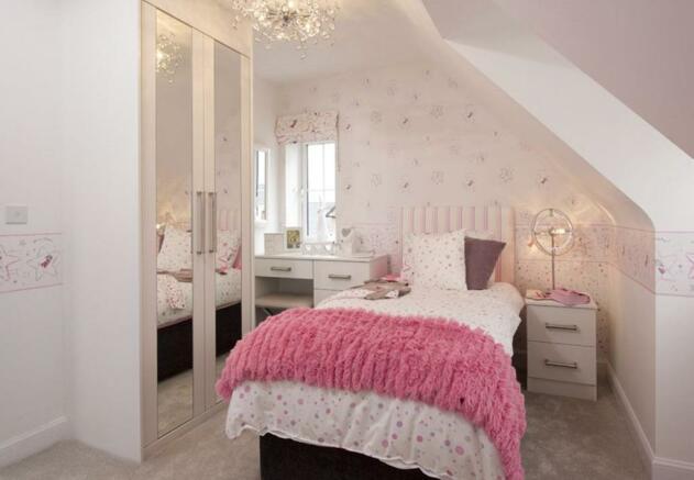 Warwick single bedroom