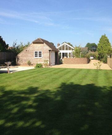 3 Bedroom Detached House For Sale In Chestnut Lane
