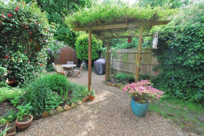 Delightful Southerly Garden
