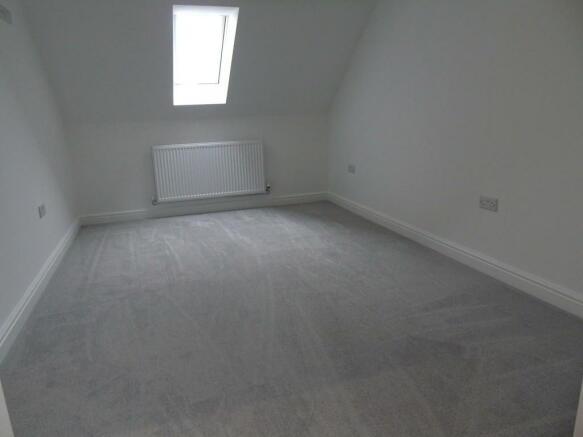 Master Bedroom 1s...