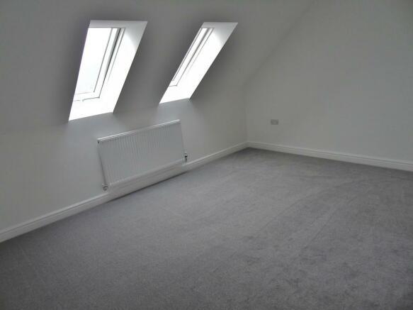 Master Bedroom 2n...