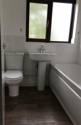 new bathroom pic.jpg