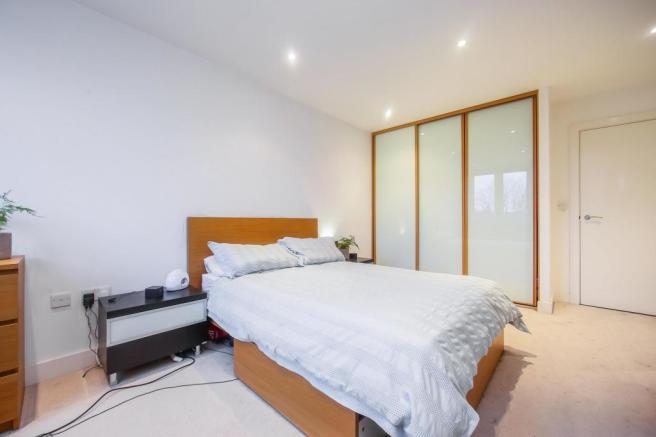 Bedroom (Alt)