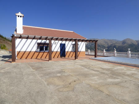 Ample terraces