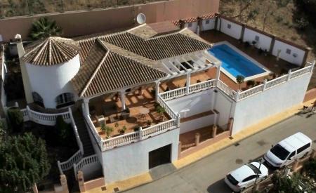 Spacious villa