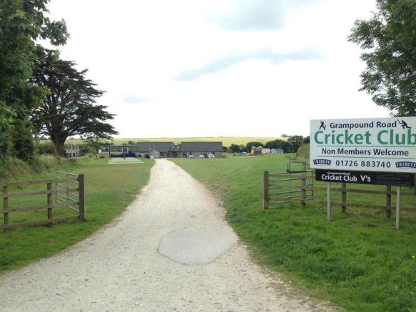 Village Cricke...