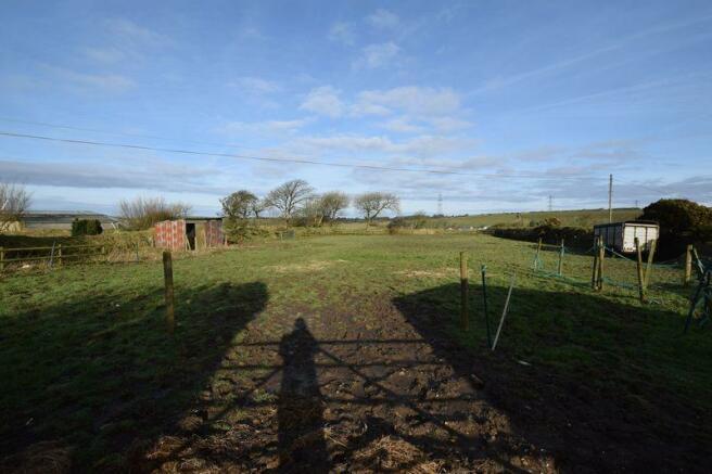 Side field