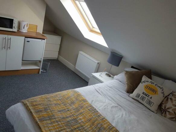 77 morley room 5