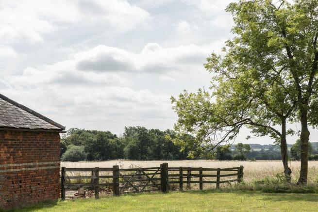 The Granary, Blackmore, Essex (15).jpg