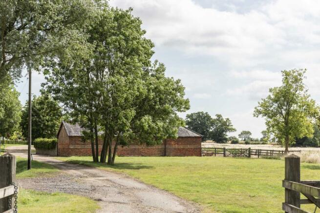 The Granary, Blackmore, Essex (3).jpg