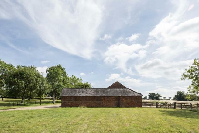 The Granary, Blackmore, Essex (7).jpg
