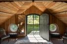 Noble Barn, nr Henley-on-Thames Berkshire (10).jpg
