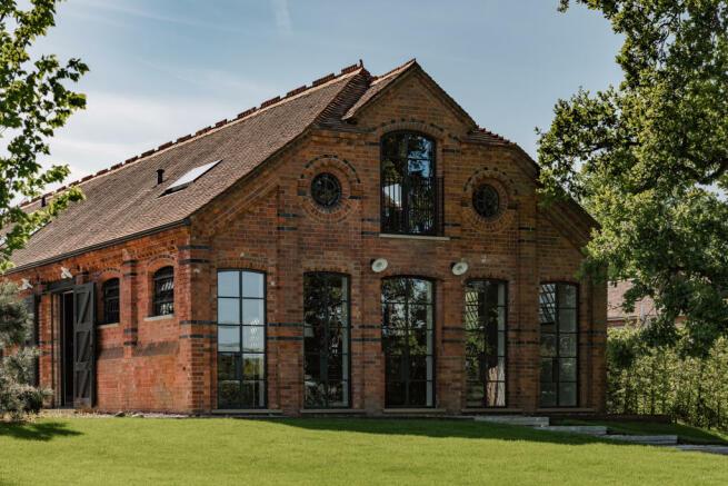 Noble Barn, nr Henley-on-Thames Berkshire (51).jpg