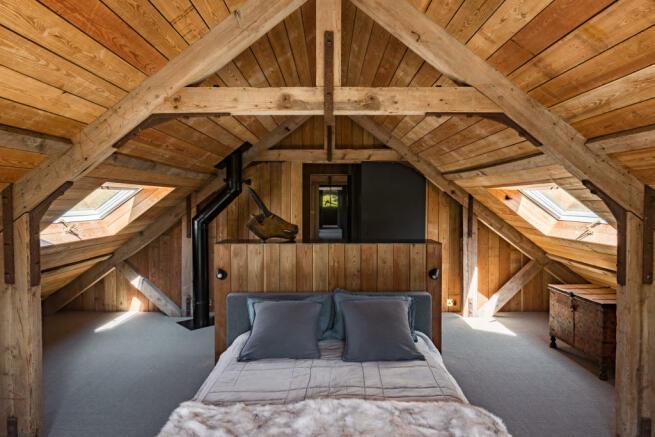 Noble Barn, nr Henley-on-Thames Berkshire (39).jpg