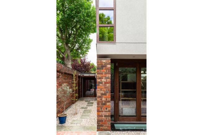 Paddock House, Grove Park SE5 (11).jpg