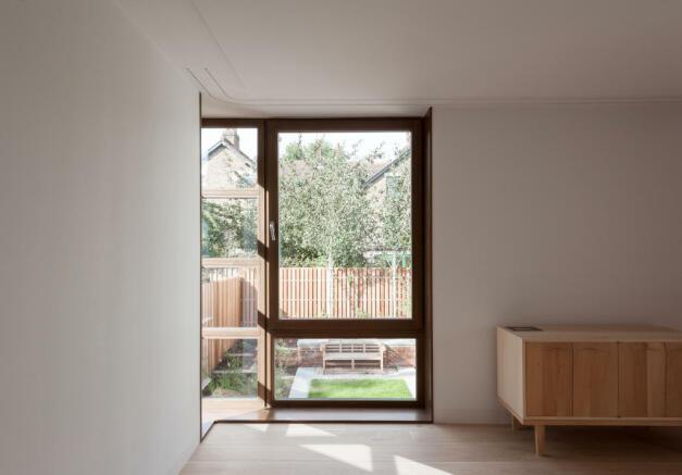 Paddock House, Grove Park, London SE5 (7).jpg