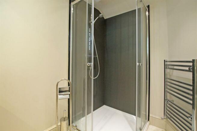 Emsuite shower room