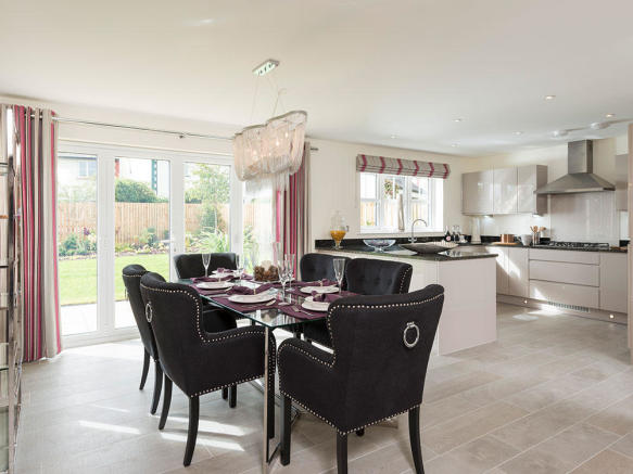 Spacious kitchen / dining room with French doors