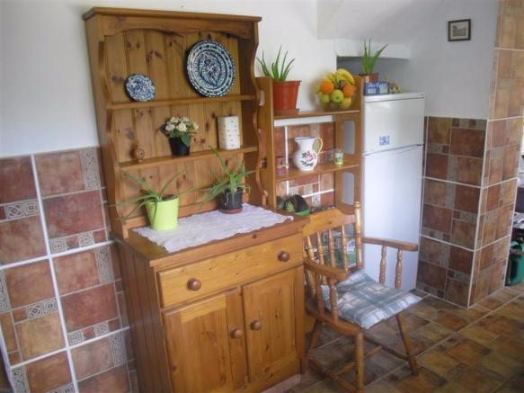 Kitchen,other side