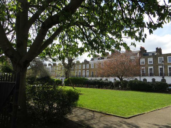 square gardens