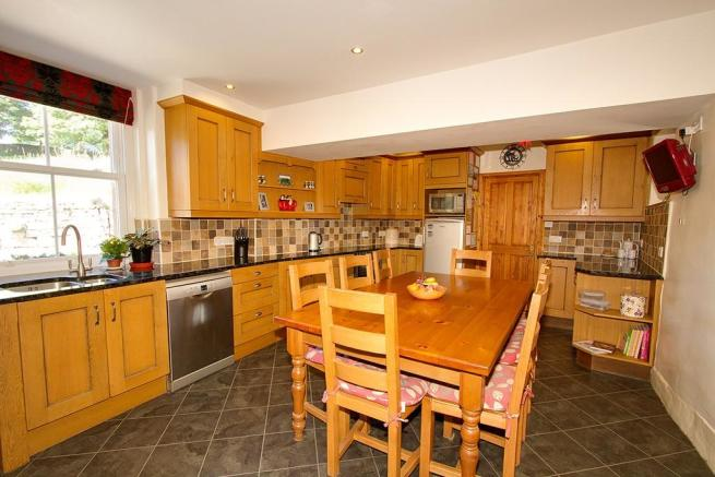 Lot 1 - Kitchen