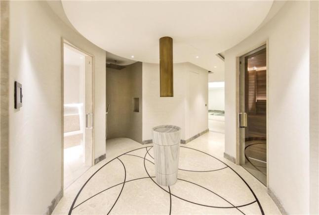 Hallway N2