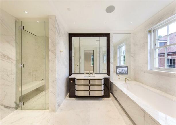 Bathroom N2