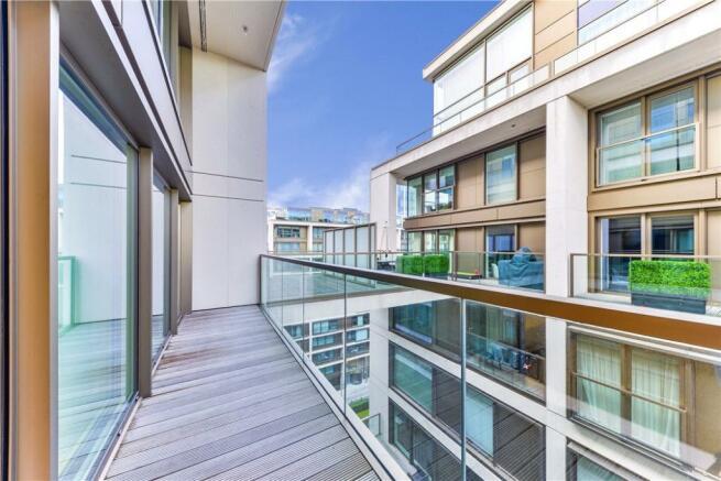 Balcony W14