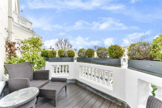Terrace W11